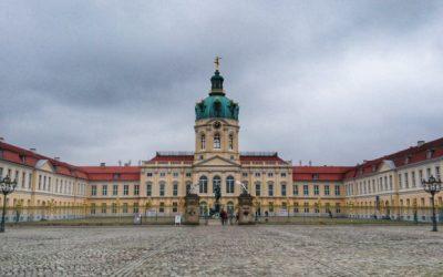 Berlin  – Palatul Charlottenburg, East Side Gallery / Zidul Berlinului,  Checkpoint Charlie si Hofbräuhaus