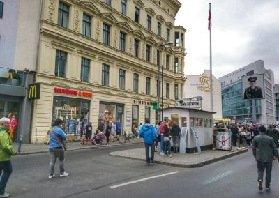 Checkpoint Charlie2