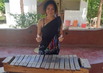 Kuza Cave instrument autentic