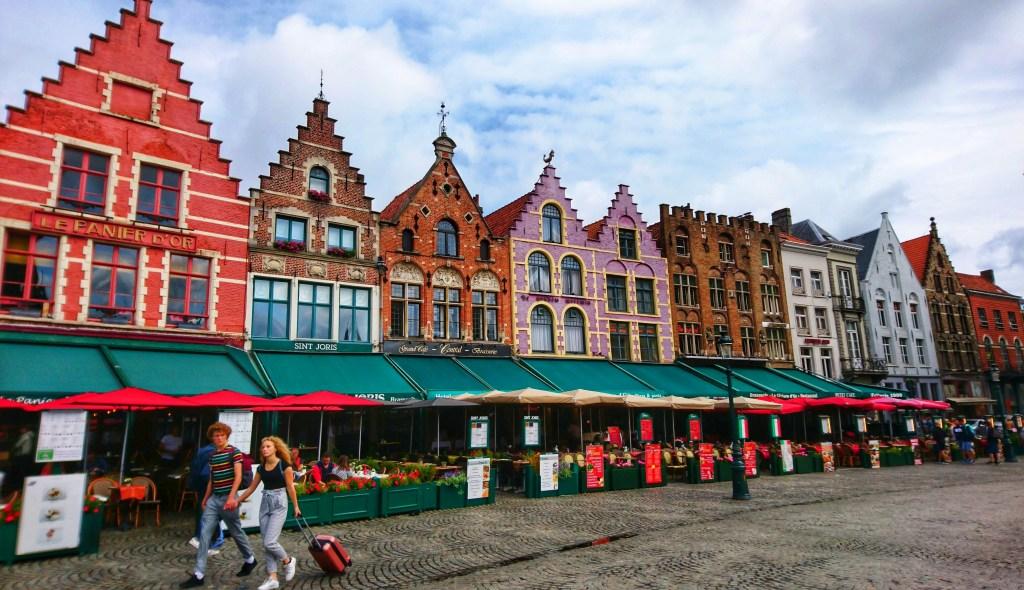 Bruges – plimbare printr-un oraș medieval fermecător