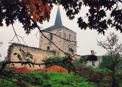 Castelul Kornis01