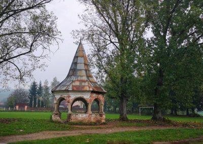 Castelul Kornis04